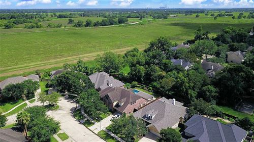 Photo of 8122 Highland Forest Drive, Sugar Land, TX 77479 (MLS # 79507633)
