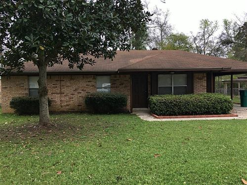 Photo of 205 N Forest Drive, Willis, TX 77378 (MLS # 53942635)