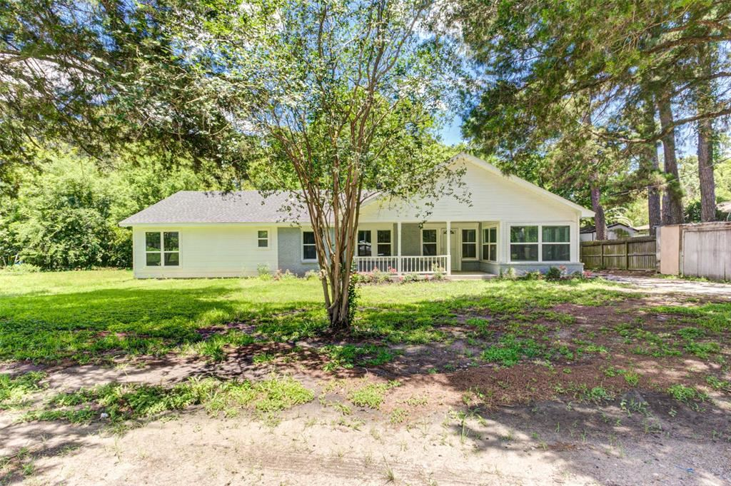 Photo for 327 Camp Lillie Road, Houston, TX 77346 (MLS # 5076635)