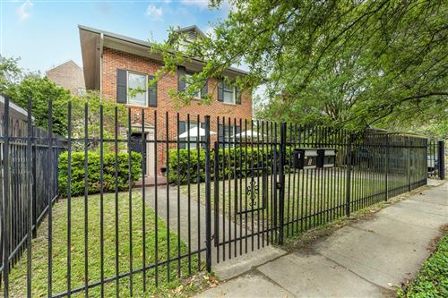 Photo of 528 Hawthorne Street, Houston, TX 77006 (MLS # 92225636)