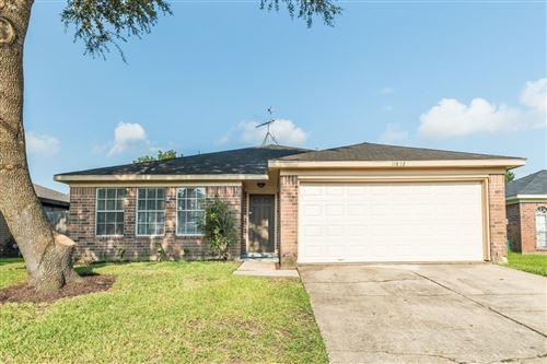 Photo of 11802 Cape Hyannis Drive, Houston, TX 77048 (MLS # 64603637)