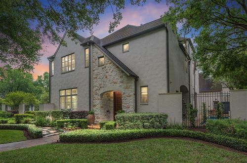 Photo of 2405 Brentwood Drive, Houston, TX 77019 (MLS # 76759641)