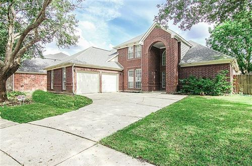 Photo of 2411 Charter Oaks Court, Pearland, TX 77584 (MLS # 81285642)