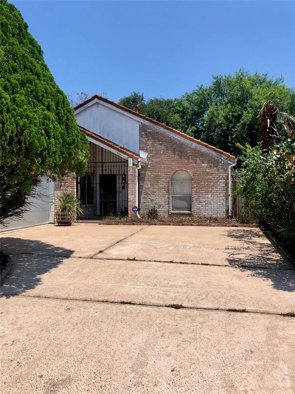 7810 Vickijohn Drive, Houston, TX 77071 - #: 48984642