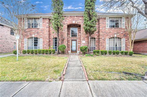 Photo of 14118 Heatherhill Place, Houston, TX 77077 (MLS # 75711649)