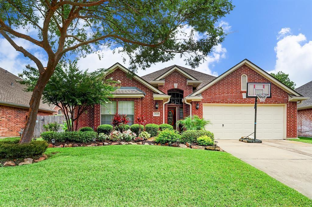 Photo for 10330 Erskine Court, Houston, TX 77070 (MLS # 90392650)