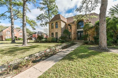 Photo of 7218 Holder Forest Circle, Houston, TX 77088 (MLS # 18821655)