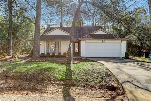 Photo of 17 Morning Forest Ct Court, The Woodlands, TX 77381 (MLS # 6970655)