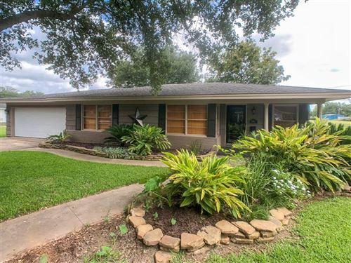 Photo of 501 Lazy Lane, Wharton, TX 77488 (MLS # 34746657)