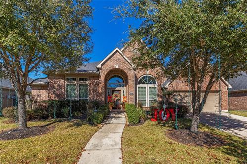 Photo of 13531 Breakwater Path Loop, Houston, TX 77044 (MLS # 27773661)