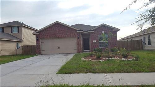 Photo of 5619 Straight Way, Kingwood, TX 77339 (MLS # 40682662)