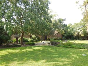 Photo of 4 Tokeneke Trail, Houston, TX 77024 (MLS # 43719662)