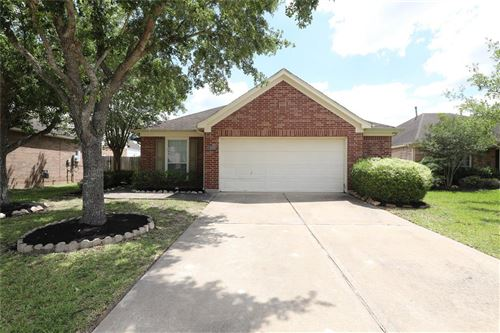 Photo of 2919 Autumnbrook Lane, Pearland, TX 77584 (MLS # 35723665)