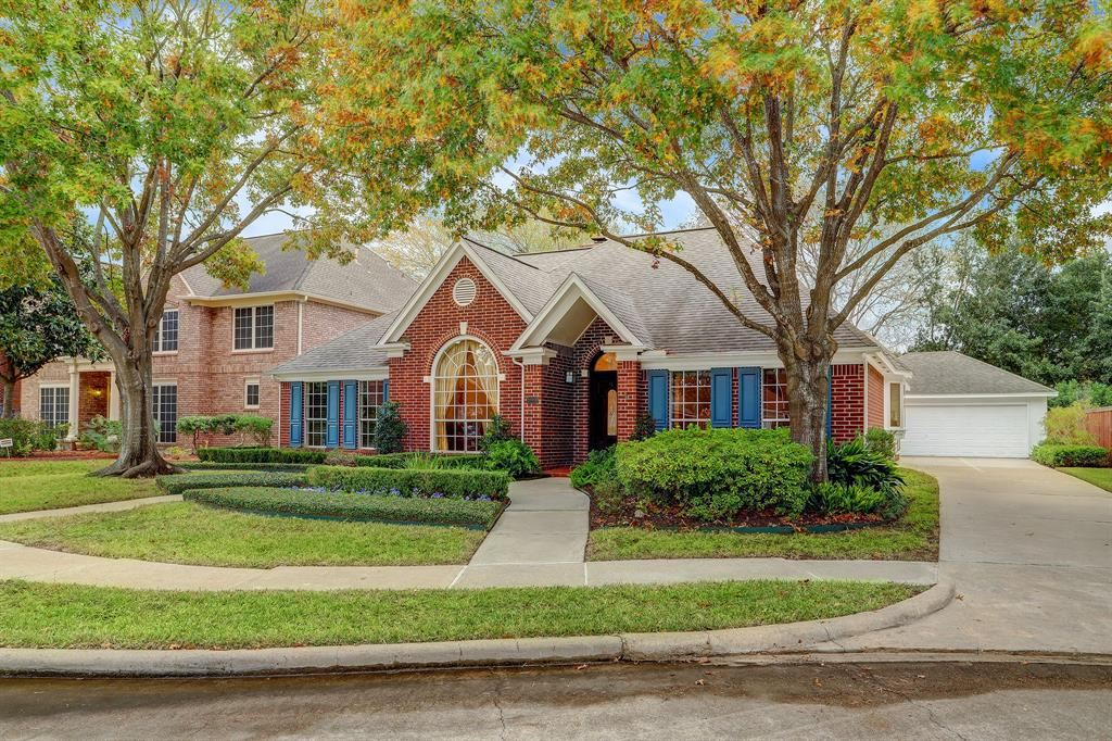 Photo for 10906 Lark Brook Lane, Houston, TX 77065 (MLS # 72410667)