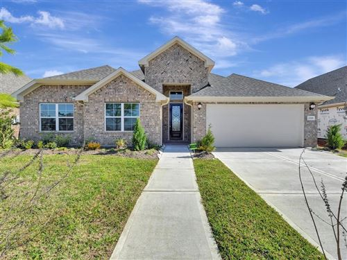 Photo of 2319 Rosehill Garden Trail, Pearland, TX 77089 (MLS # 46797668)