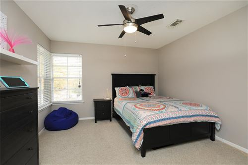 Tiny photo for 11 Candlespice Place, Spring, TX 77382 (MLS # 86274668)