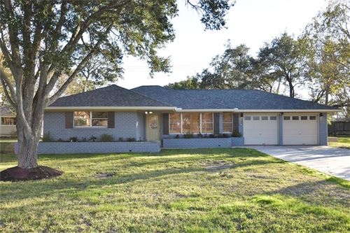 Photo of 403 Shore Acres Boulevard, Shoreacres, TX 77571 (MLS # 39806671)