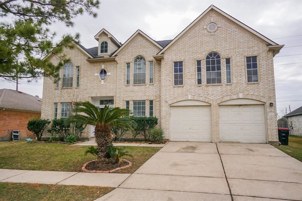 Photo for 16135 Mission Glen Drive, Houston, TX 77083 (MLS # 798671)