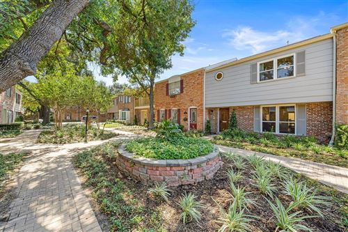 Photo of 6420 Olympia Drive #126, Houston, TX 77057 (MLS # 38568675)