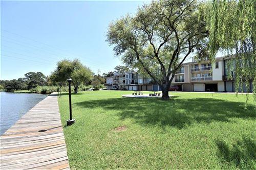 Photo of 2128 Casa Rio Circle, Dickinson, TX 77539 (MLS # 19981677)