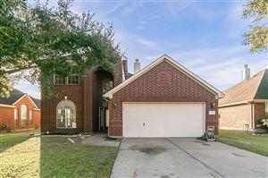 Photo of 3326 Beacon View Court, Pearland, TX 77584 (MLS # 75629677)