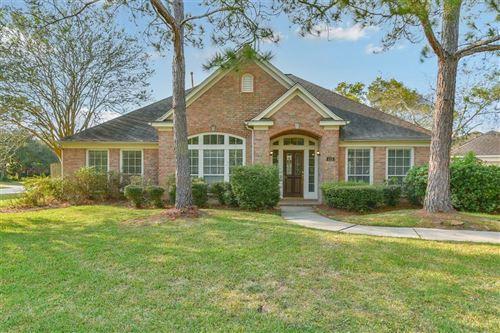 Photo of 404 Trail Bend Court, Friendswood, TX 77546 (MLS # 75148678)