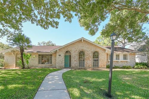 Photo of 18546 Prince William Lane, Nassau Bay, TX 77058 (MLS # 80677679)