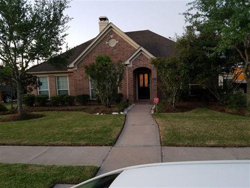 Photo of 2407 Echo Harbor Drive, Pearland, TX 77584 (MLS # 84937679)