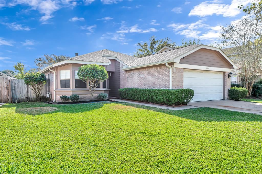 15911 Vista Del Mar Drive, Houston, TX 77083 - #: 52682679