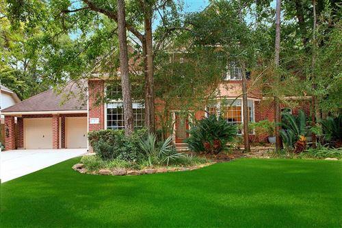 Photo of 2 Gallant Oak Place, The Woodlands, TX 77381 (MLS # 52593683)