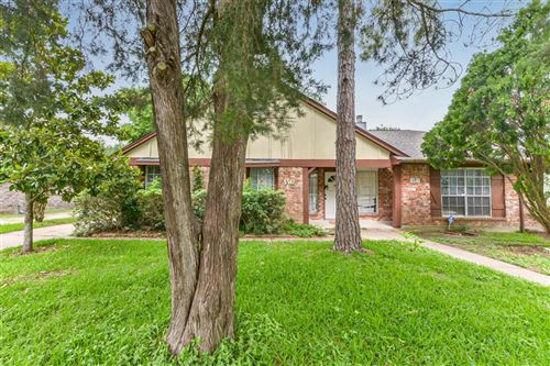 Photo of 9512 Clipperwood Place, Houston, TX 77083 (MLS # 35907686)