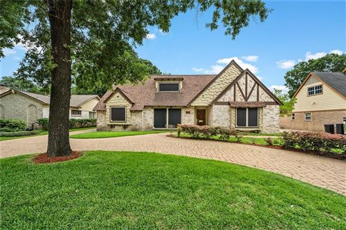 Photo of 914 N Wilcrest Drive, Houston, TX 77079 (MLS # 38390686)