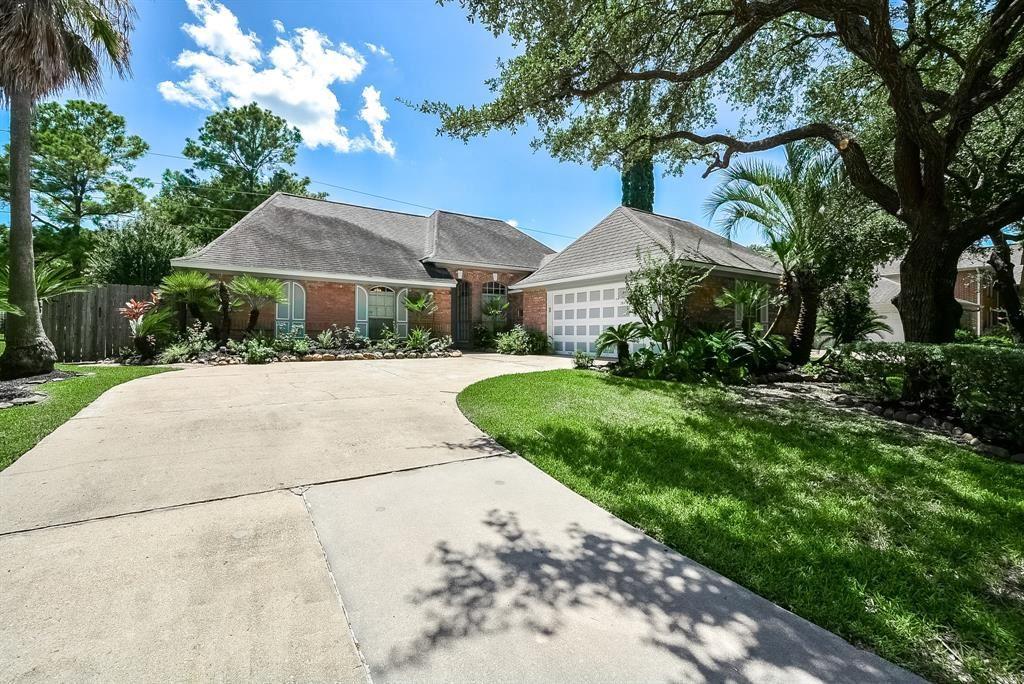 Photo for 14835 Preston Park Drive, Houston, TX 77095 (MLS # 48652688)