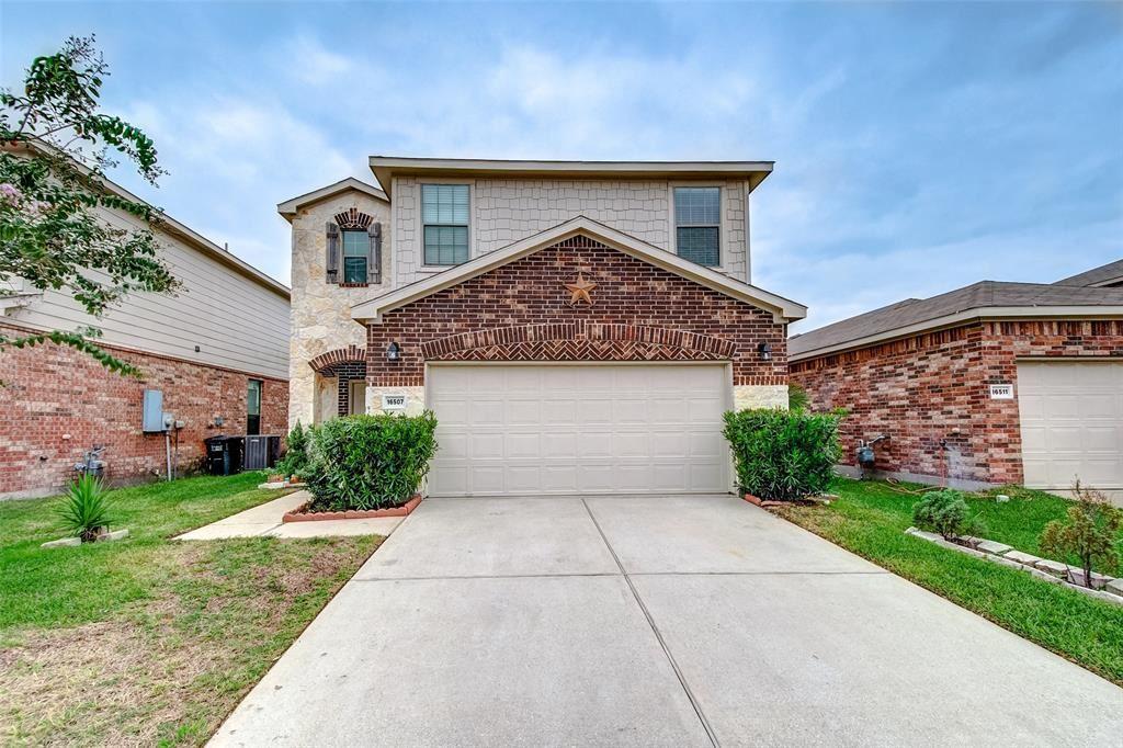 Photo for 16507 Mandate Drive, Houston, TX 77049 (MLS # 17101690)