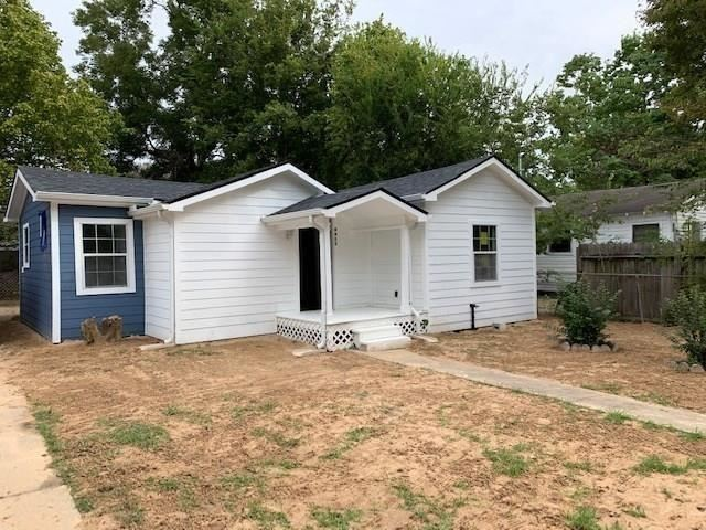 Photo for 4413 GALESBURG Street, Houston, TX 77051 (MLS # 12211692)