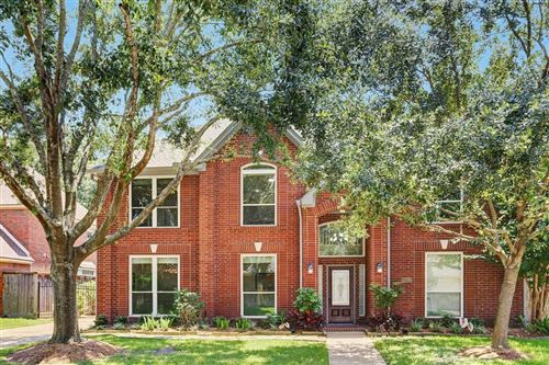 Photo of 1206 W Forest Drive, Houston, TX 77043 (MLS # 66985701)
