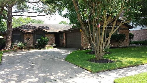 Photo of 15803 Parksley Drive, Houston, TX 77059 (MLS # 38932703)