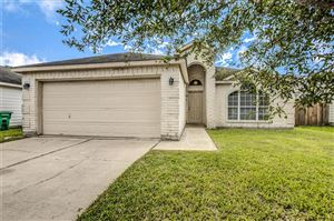 Photo of 451 Mystic Glen Loop, Kingwood, TX 77339 (MLS # 38191708)
