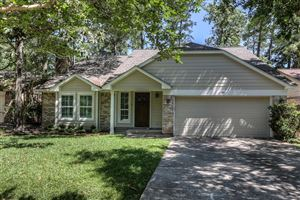Photo of 24 Edgewood Forest Court, The Woodlands, TX 77381 (MLS # 48261709)