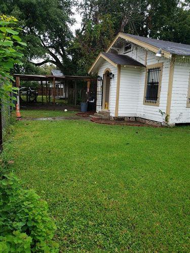 Photo of 413 W Humble Street, Baytown, TX 77520 (MLS # 63138709)