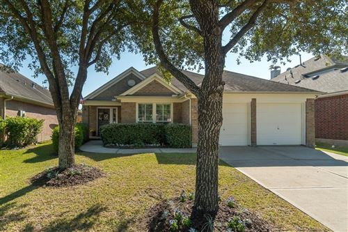 Photo of 12908 Castlewind Lane, Pearland, TX 77584 (MLS # 96187709)