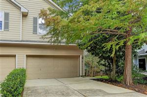 Photo of 82 Blue Creek Court, The Woodlands, TX 77382 (MLS # 97993709)