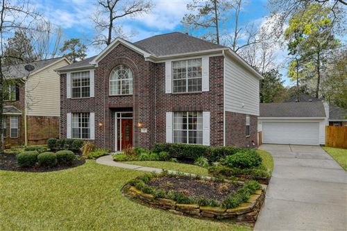 Photo of 15 Firethorn Place, The Woodlands, TX 77382 (MLS # 80145712)