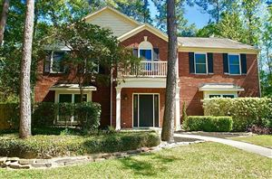 Photo of 2 Lantern Hollow Place, The Woodlands, TX 77381 (MLS # 64993716)