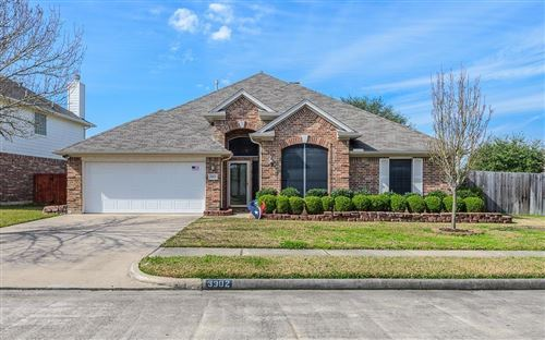 Photo of 3902 Dunlavy Drive, Pearland, TX 77581 (MLS # 36596721)