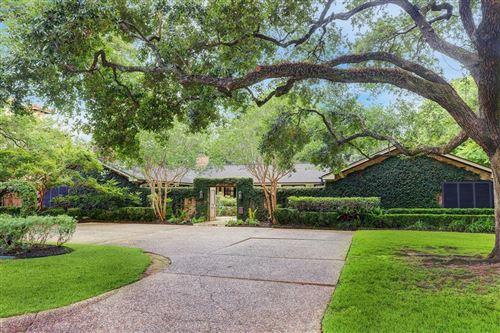 Photo of 5484 Lynbrook Drive, Houston, TX 77056 (MLS # 74357721)