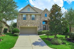 Photo of 10 Woodmoor Place, The Woodlands, TX 77354 (MLS # 28311722)