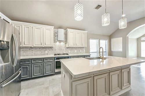Photo of 9222 Red Castle Lane, Humble, TX 77396 (MLS # 74278723)