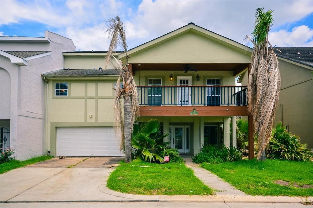 Photo for 17 Harbour Drive, Houston, TX 77058 (MLS # 32143723)