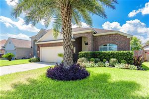 Photo of 4165 Country Club Drive, Dickinson, TX 77539 (MLS # 39457725)